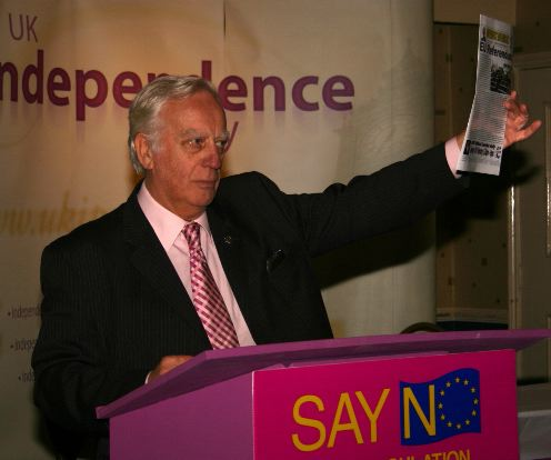 CLARK, Derek MEP born 10-Oct-1933 06